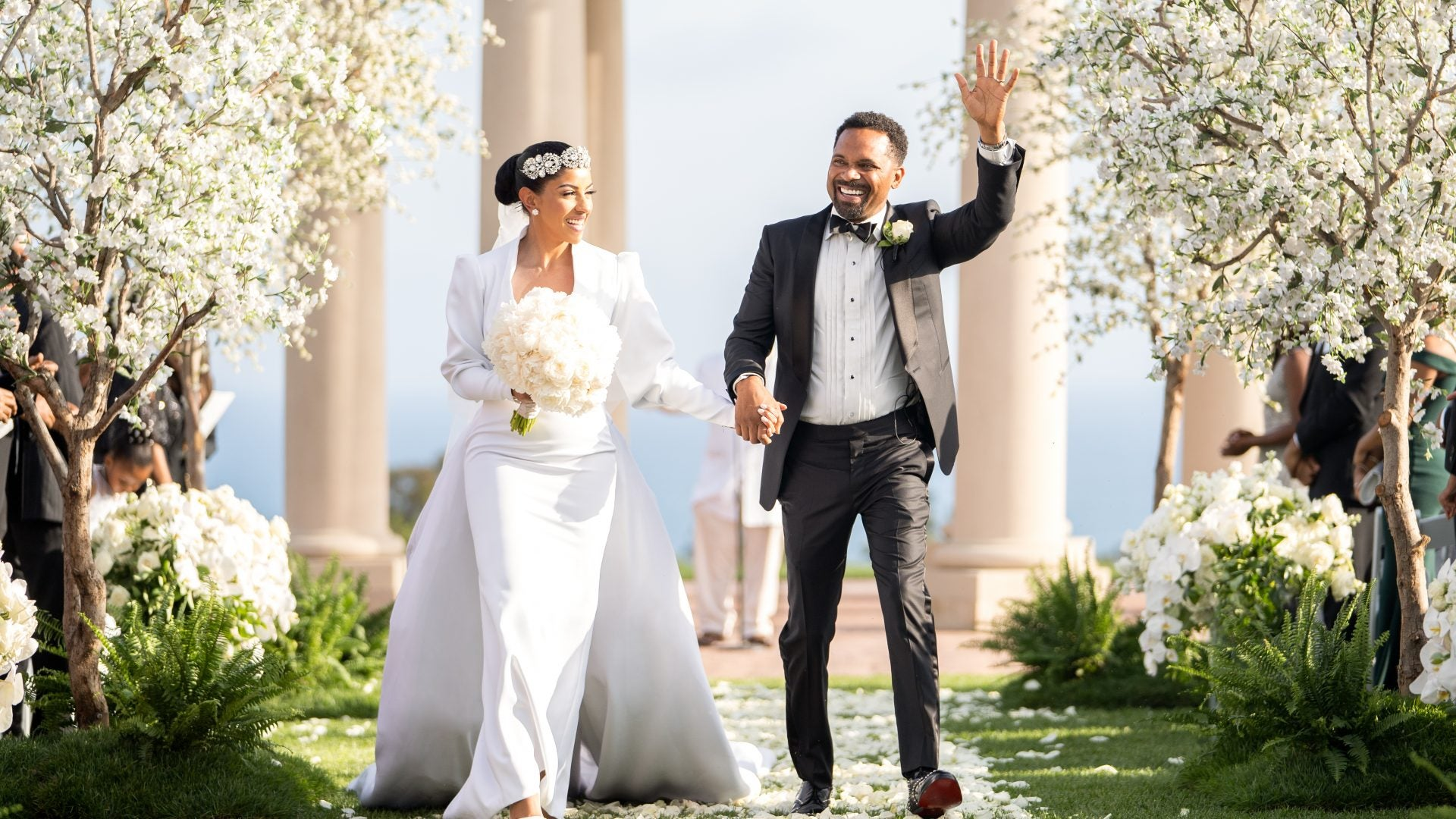 Oh My!!  Mike Epps Ex-Wife Say's He Was Cheating on Her With His New Wife [VIDEO]
